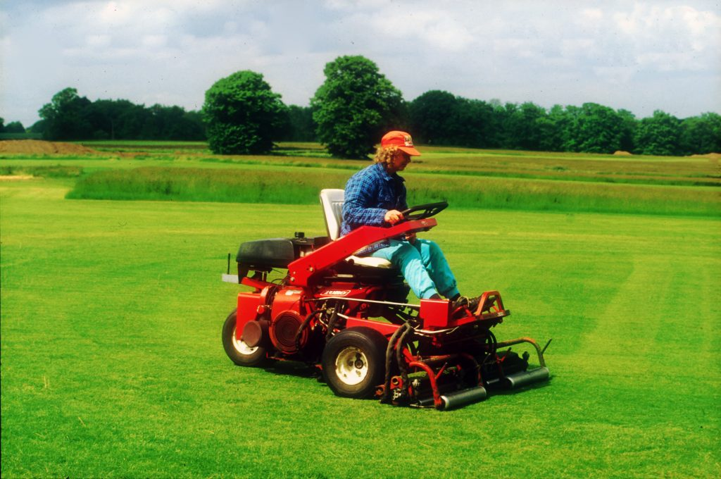 greens mowing